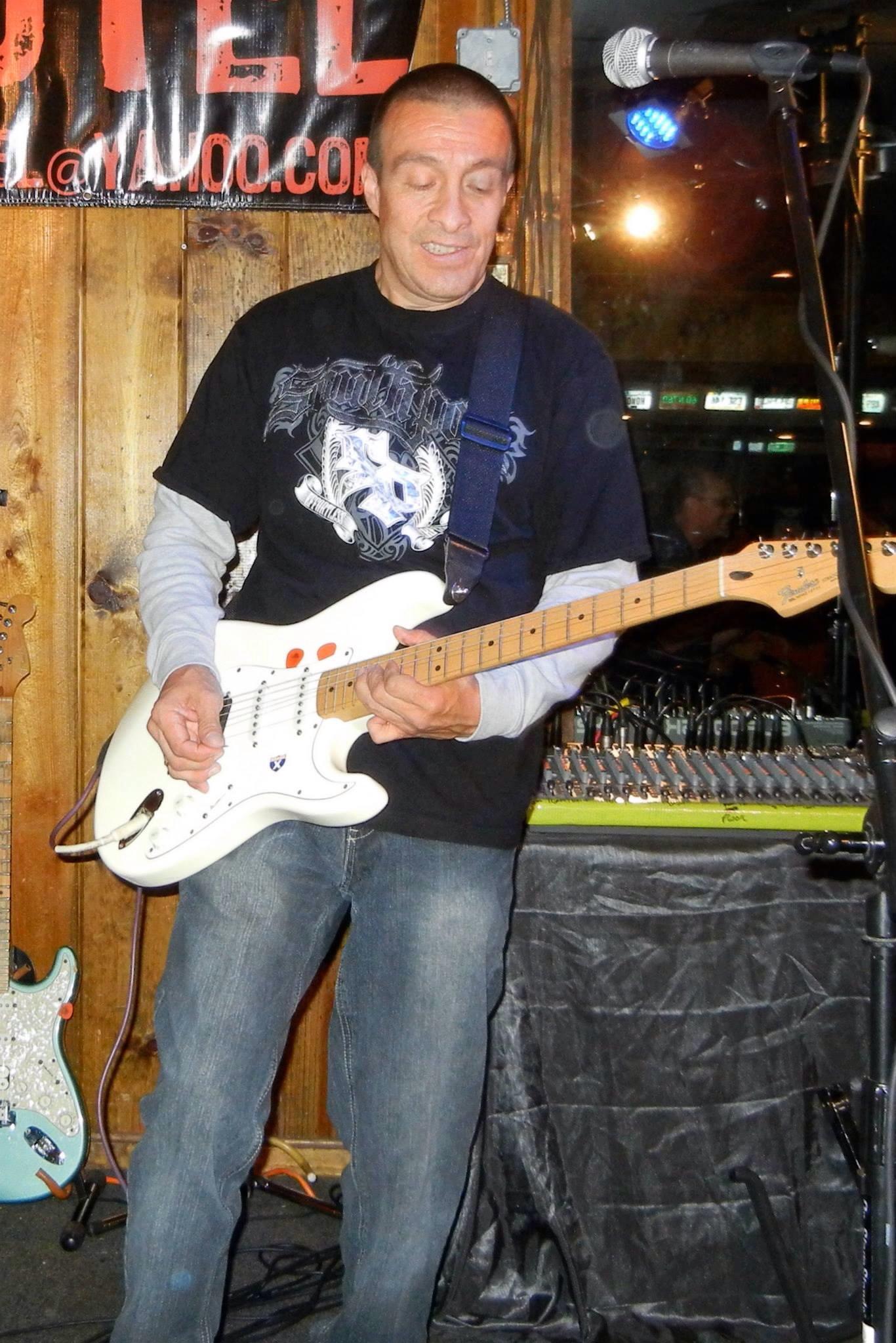 Raul Guitar